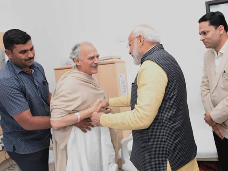 PM Modi Met Arun Shourie: पीएम मोदी ने पूना के अस्पताल में भर्ती अरुण शौैरी से मुलाकात की