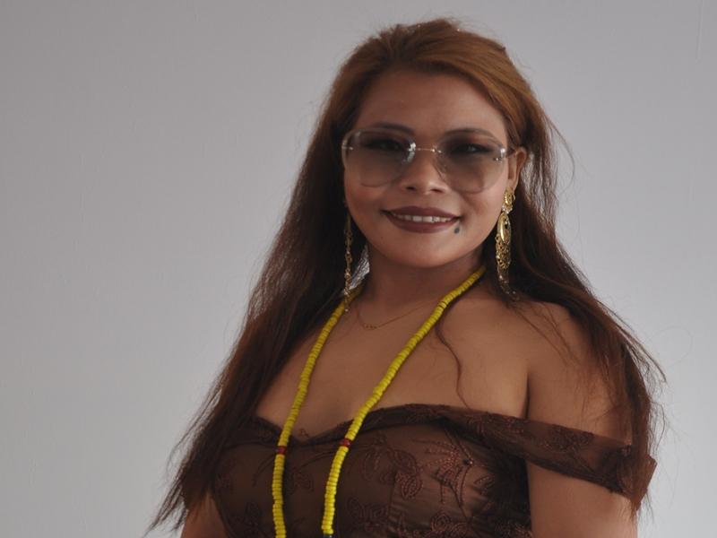 Madhya Pradesh News : इंदौर में नाइट गाउन में पहुंची मॉडल से कहा-साड़ी पहनो, आयोजक पर दर्ज कराया केस