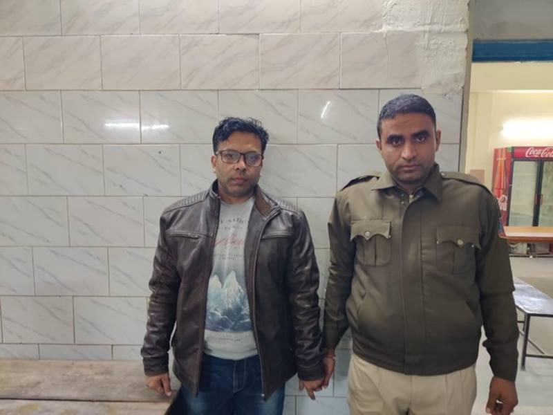 Delhi Fire: बिल्डिंग का मालिक रेहान और मैनेजर फुरकान गिरफ्तार
