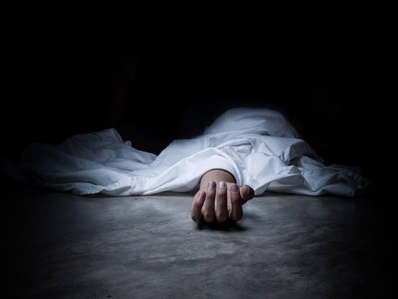 मकान की तीसरी मंजिल पर काम कर रहा युवक सिर के बल आंगन में गिरा, अस्पताल में मौत