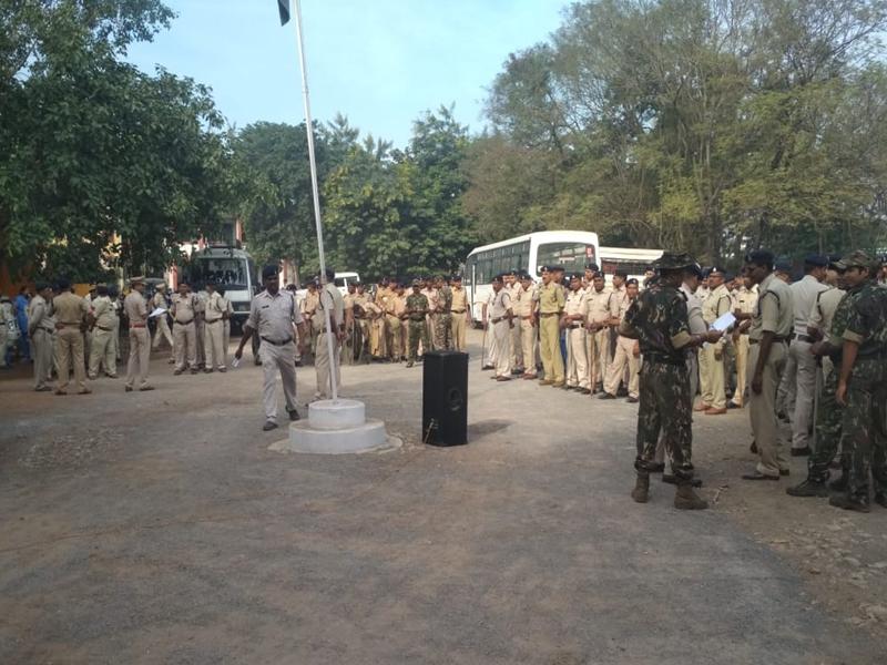 Ayodhya Case Verdict 2019 : सरगुजा रेंज के पांचों जिले में अलर्ट, पुलिस अधिकारी-कर्मचारियों की छुट्टियां रद्द