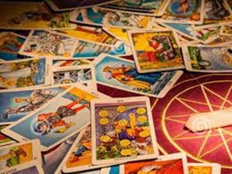 Tarot Card : मिथुन राशि वाले कर सकते हैं इन शहरों की यात्रा, जानिये आपका भविष्य