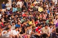 आलेख : बढ़ानी ही होगी आबादी की उपयोगिता - डॉ. सुरजीत सिंह गांधी