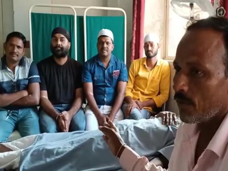 शुजालपुर में डेंगू पीड़ित युवक को तीन समुदाय के युवकों ने खून देकर दिया भाईचारे का संदेश, देखें वीडियो