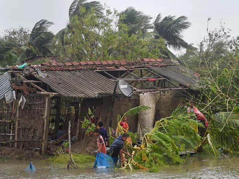 बुलबुल तूफान के कारण बांग्लादेश और पश्चिम बंगाल में 22 की मौत, कई लापता