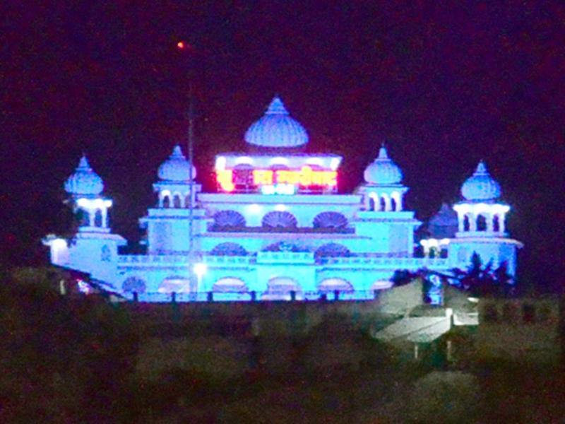 Guru Nanak Jayanti 2019 : जबलपुर के गुरुद्वारा ग्वारीघाट में गुरुनानक देव के पड़े थे चरण