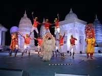 महेश्वर में निमाड़ उत्सव का आगाज, नर्मदा तट पर बही भक्ति, नृत्य व काव्य की त्रिवेणी, देखें वीडियो