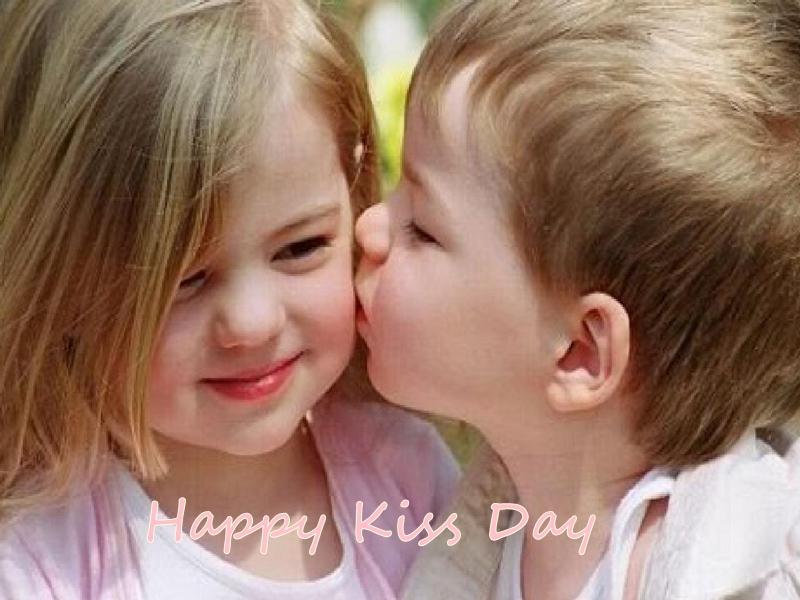 Happy Kiss Day 2020: इन Images, Shayari, SMS और WhatsApp Status से बयां करें दिल के जज्बात