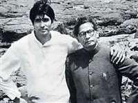 Amitabh Bachchan के कोरोना पॉजिटिव निकलने के वायरल हुई हरिवंश राय बच्चन की यह कविता