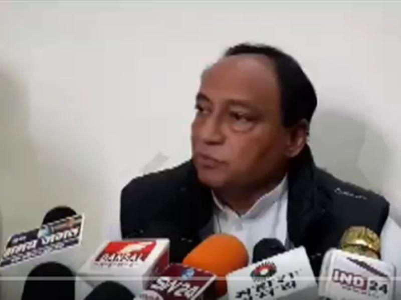 Madhya Pradesh : लक्ष्मण सिंह की CM कमलनाथ को नसीहत, सरकार बचाने में नहीं, चलाने में ध्यान दें