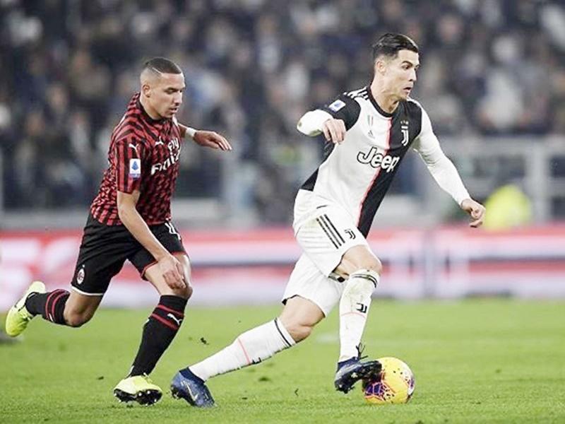 Cristiano Ronaldo angry: बीच मैच में बाहर किया तो स्टेडियम छोड़कर ही चले गए रोनाल्डो, टीम फिर भी जीती