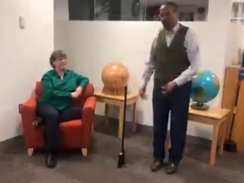 #BroomstickChallenge : 10 फरवरी को झाड़ू के खड़े होने की बात पर नासा ने खोला यह राज