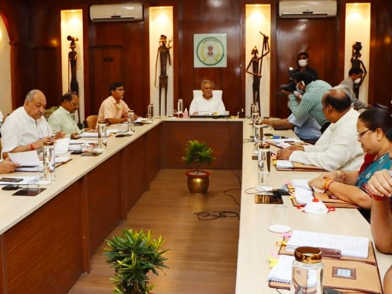 Bhupesh Baghel Cabinet : शराब पर अब छत्तीसगढ़ सरकार भी लेगी कोविड टैक्स