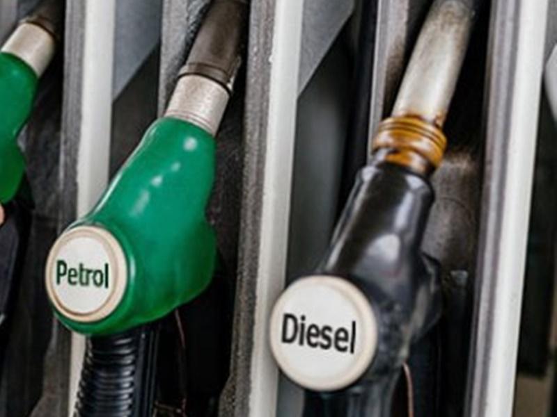 Petrol Diesel Price Today: दिल्ली में डीजल पहली बार 81 रुपए के पार, जानें पेट्रोल की कीमत