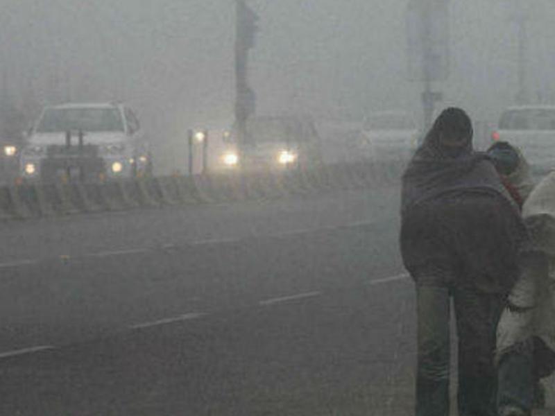 Madhya Pradesh Weather Alert : बादल छाने से दिन का तापमान गिरा, लेकिन रात में ठंड महसूस नहीं हो रही