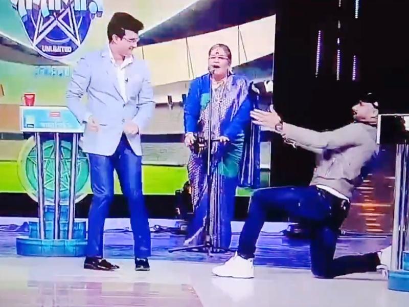 Sourav Ganguly और Harbhajan Singh के डांस का Video वायरल