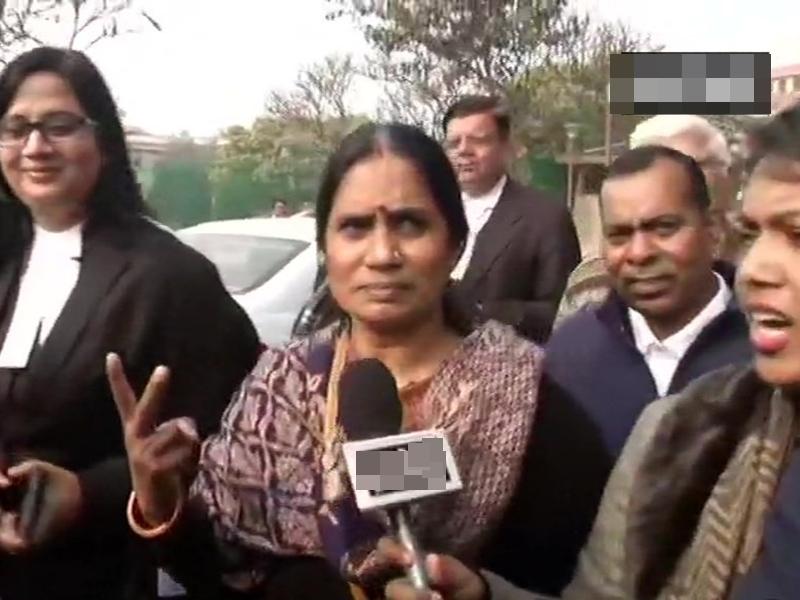 निर्भया केस: विनय व मुकेश की याचिका SC में खारिज, पीड़िता की मां बोली- 22 तारीख का इंतजार