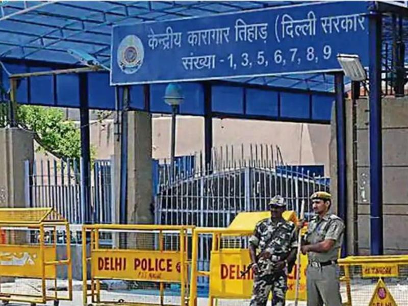 Nirbhaya case: दोषी मुकेश सिंह ने तिहाड़ जेल प्रशासन को भेजी दया याचिका, अब राष्ट्रपति करेंगे अंतिम फैसला