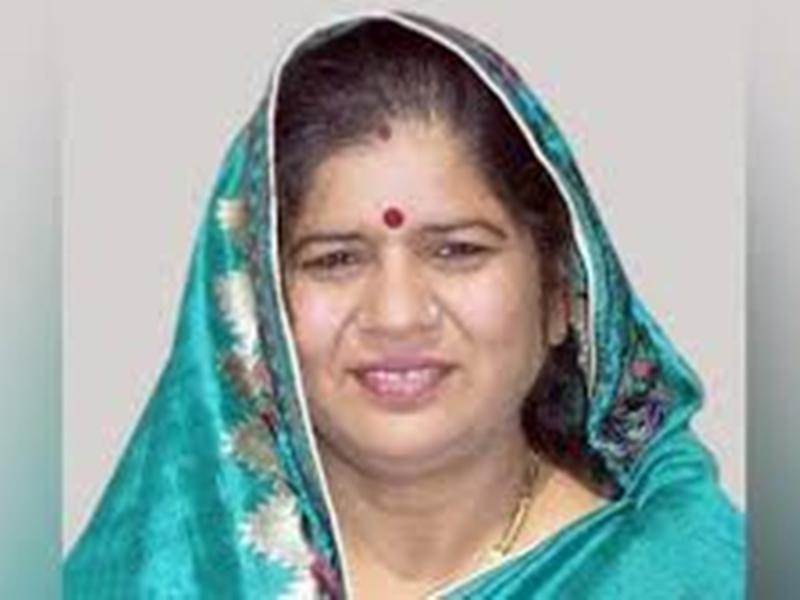 हम भाजपा के दबाव में काम नहीं करने वाले, जो बच्चे अंडा खाते हैं उन्हें देंगे : मंत्री इमरती देवी