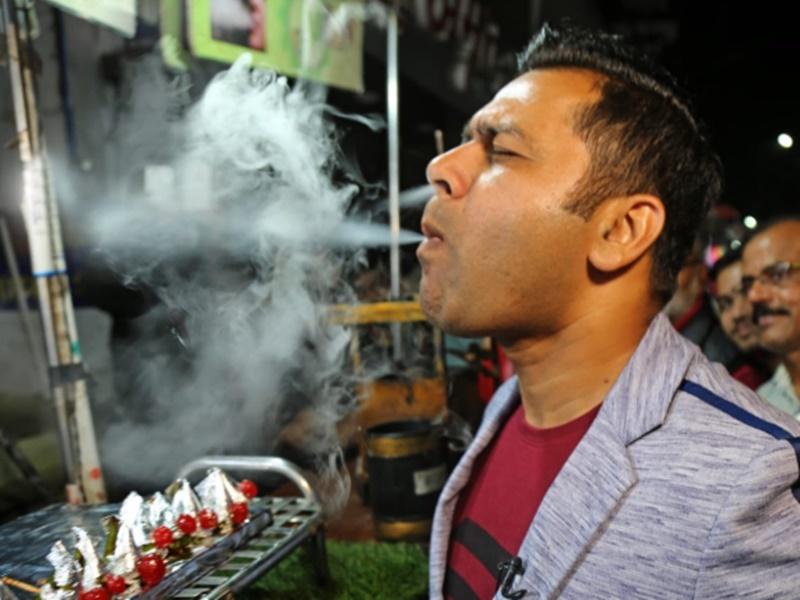 Ind vs Ban 1st Test: पान खाने के बाद इस पूर्व क्रिकेटर के मुंह से निकलने लगा धुंआ