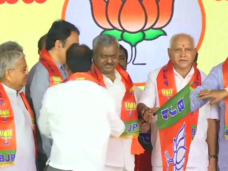 Karnataka Rebel MLAs In BJP: कर्नाटक के 15 बागी विधायक भाजपा में शामिल, पहली सूची में 13 को मिला टिकट