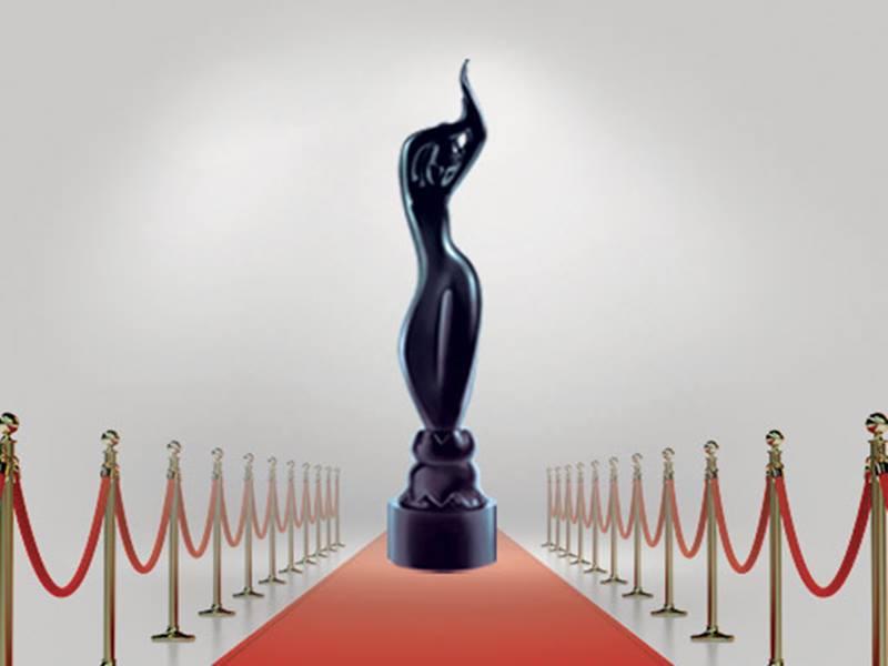 Filmfare Awards 2020: उम्दा और दिलकश अंदाज में रेड कॉर्पेट पर उतरे फिल्मी सितारे