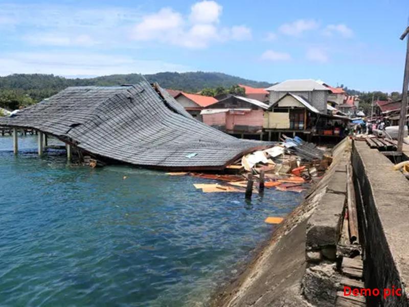 इंडोनेशिया में 7.1 तीव्रता के शक्तिशाली भूकंप के बाद सुनामी की चेतावनी, दहशत में लोग