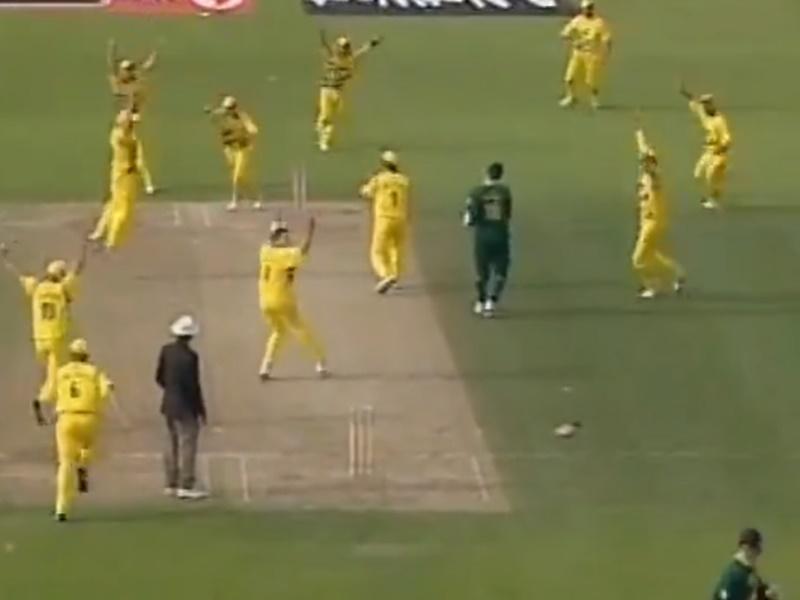 World Cup फाइनल में पहुंचने के लिए 4 गेंदों में चाहिए था 1 रन, इसके बाद हुआ कुछ ऐसा, देखें Video