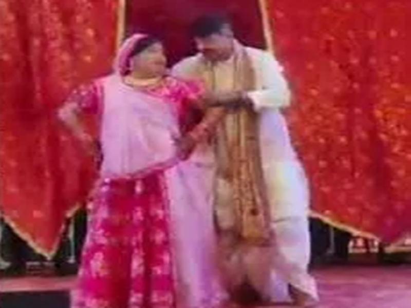 Indore News : पारिवारिक समारोह में कैलाश विजयवर्गीय की इन अदाओं से खुश हुए परिजन