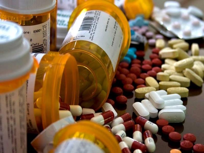 वित्तमंत्री ने कहा, 'दवाओं के लिए कच्चा माल एयरलिफ्ट भी किया जाएगा'