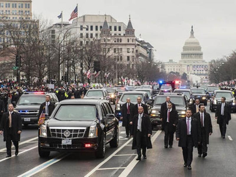 Trump India Visit: अमेरिकी राष्ट्रपति के काफिले में चलने वाली हर गाड़ी है खास