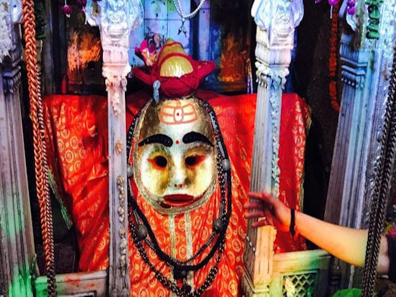 kaal Bhairav Ashtami 2019 : काल भैरव अष्टमी पर कालभैरव मंदिर में उमड़ी श्रद्धालुओं की भीड़, देखें वीडियो