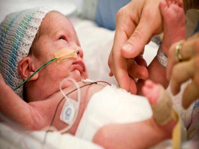 प्री मैच्योर बच्चों का तीन सप्ताह के अंदर करवाएं जांच, आरओपी से शिशुओं में होता है अंधापन
