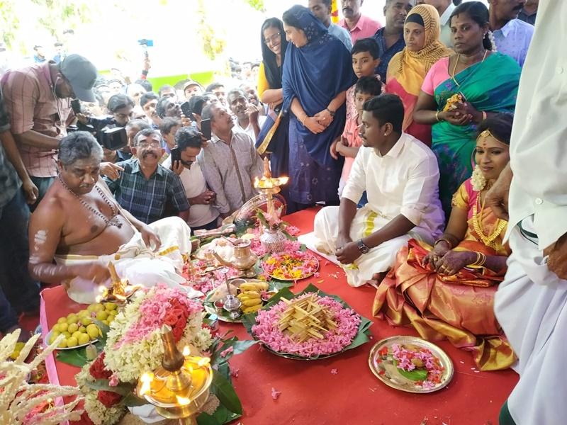 केरल की मस्जिद में हुआ हिंदू युवती का विवाह, दावत में आए 1 हजार लोग, CM ने दी बधाई