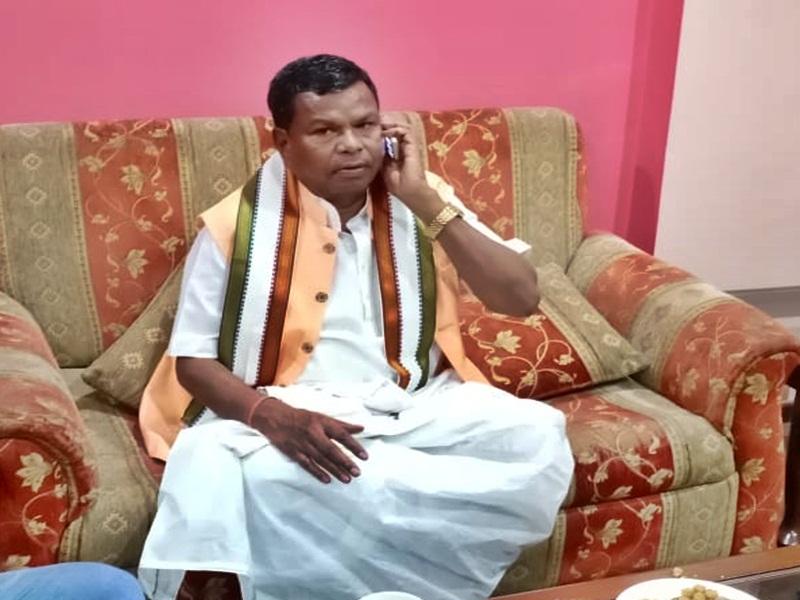 Lockdown in Chhattisgarh : लॉकडाउन का उल्लंघन कर बाबा दर्शन के लिए मंत्री रायपुर से पहुंचे रायगढ़