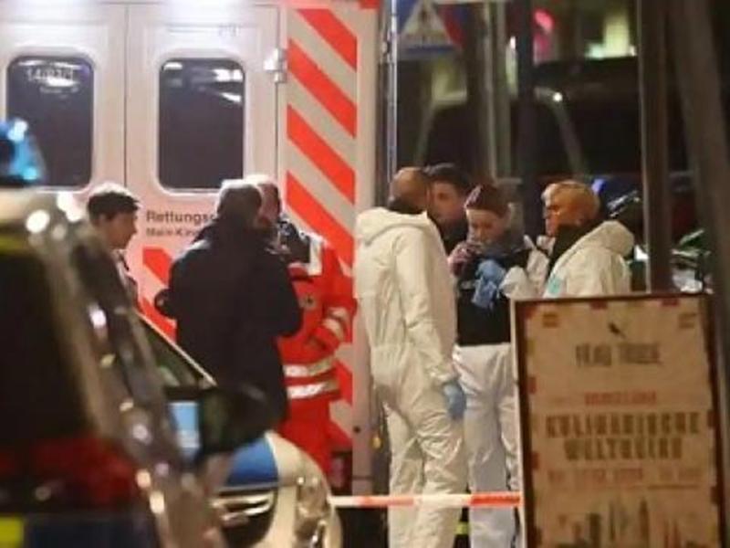 जर्मनी में नौ लोगों की गोली मारकर हत्या करने वाला संदिग्ध घर में मिला मृत