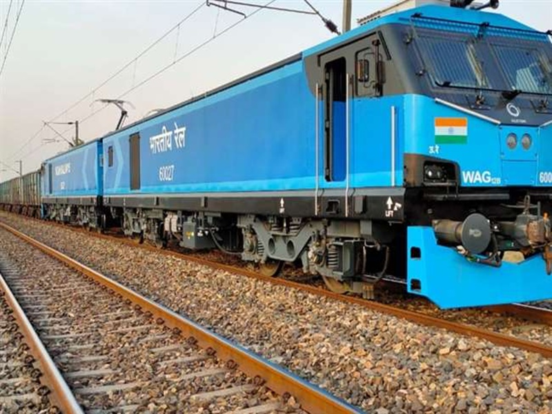 Big achievement of Indian Railways operation of most powerful rail engine started India became sixth country in world