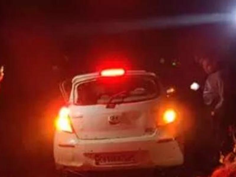 Bemetara Accident Video : बेमेतरा में कार तालाब में गिरी, एक ही परिवार के 7 लोग व ड्राइवर की मौत