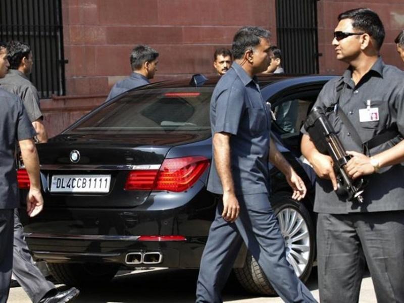 SPG Security Cover : एसपीजी सुरक्षा हटाने पर प्रियंका गांधी ने कहा- यह राजनीति का हिस्सा