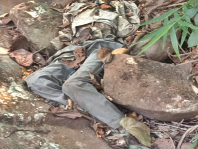 Dantewada : श्रद्धालुओं को रास्ते में दिखा पेंट शर्ट पहना नरकंकाल, यहां सुनसान पहाड़ी पर शिवमंदिर, इलाके में सनसनी