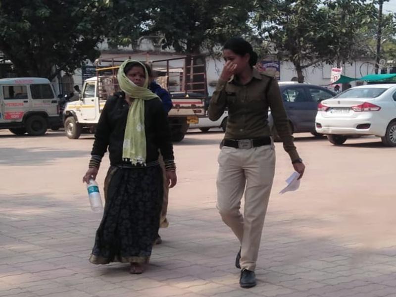 Dhamtari News: तंत्र-मंत्र का झांसा देकर महिलाओं ने ऐसे की 35 लाख रुपए की ठगी