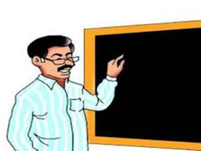 Coronavirus Jabalpur News : लाॅक डाउन के बीच गांव जाकर गरीब बच्चों को पढ़ा रहे शिक्षक