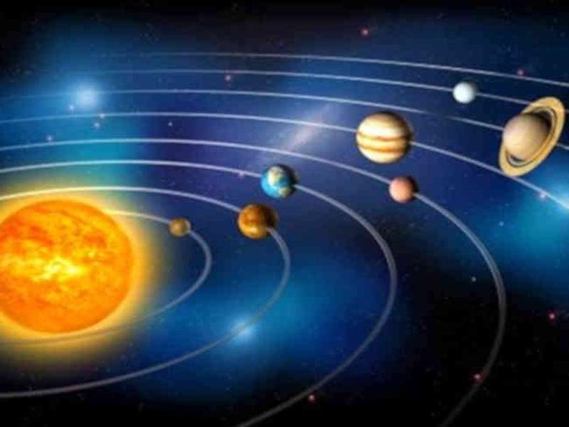 7 दिन में चंद्रमा के पास पहुंचेंगे गुरु, शुक्र और शनि, मौसम और राजनीति में दिखेगा बदलाव