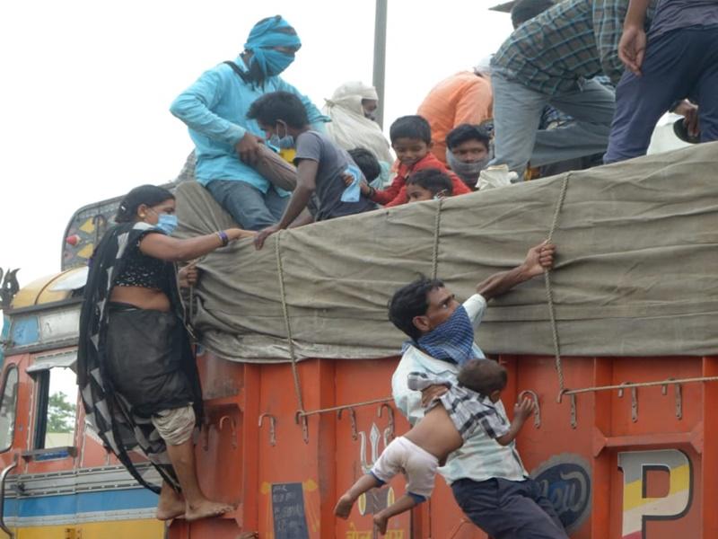 Bilaspur News : मस्तूरी में आएंगे 45 हजार श्रमिक, लेकिन सिर्फ 22 हजार के ठहरने की व्यवस्था
