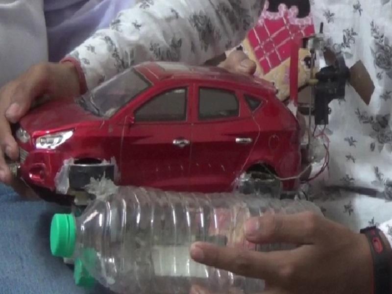 Korba News : जमीन के अलावा पानी और हवा में भी चलती है ये कार