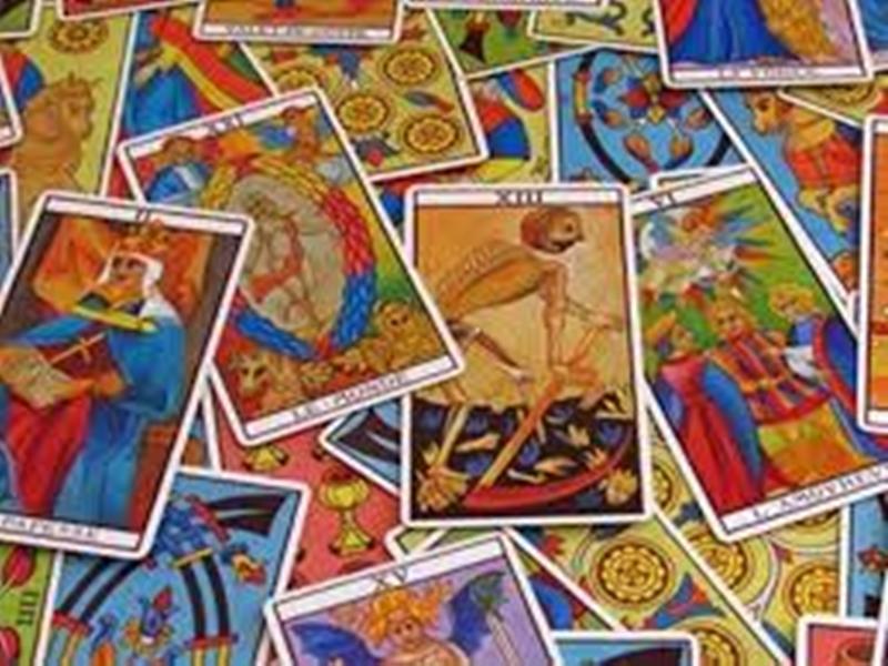 Tarot Card : टैरो कार्ड बता रहा इस राशि के जातकों को मिलेगा इस बार धनलाभ