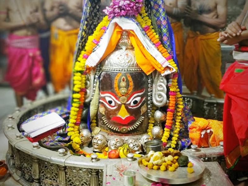 Mahakal Temple : महाशिवरात्रि पर 10 दिनों में बिके 50 लाख रुपए से ज्यादा के लड्डू