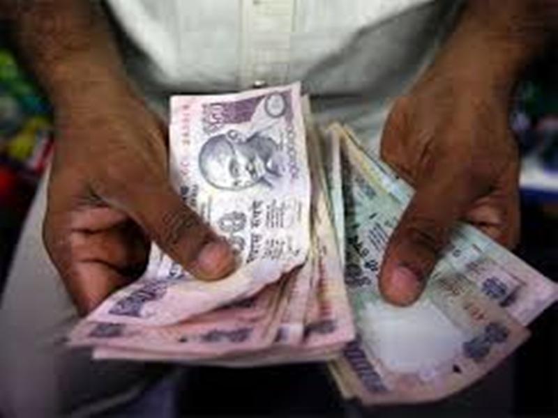 Coronavirus in Madhya Pradesh : मध्य प्रदेश में सहायता पैकेज की घोषणा, प्रति मजदूर 1000 रुपए, कोरोना पीड़ित का नि:शुल्क उपचार