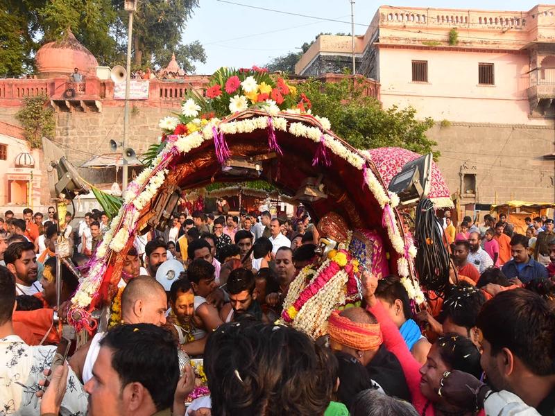 Mahakal royal ride : महाकाल की शाही सवारी में उमड़ा भक्ति का उल्लास