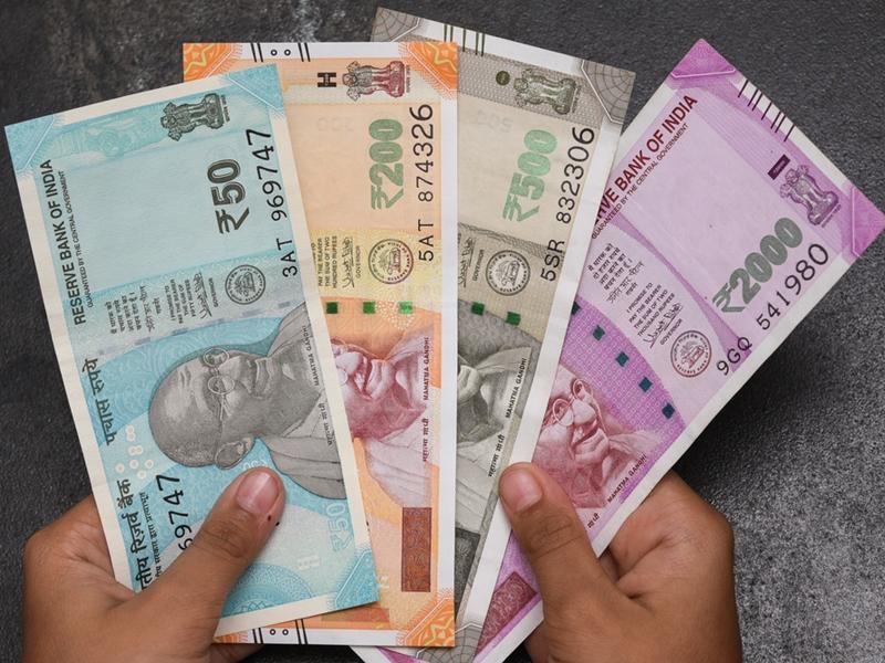 Lockdown के दौरान अगर नहीं जा सकते ATM बूथ, बैंक से ऐसे ले सकते हैं नकद राशि
